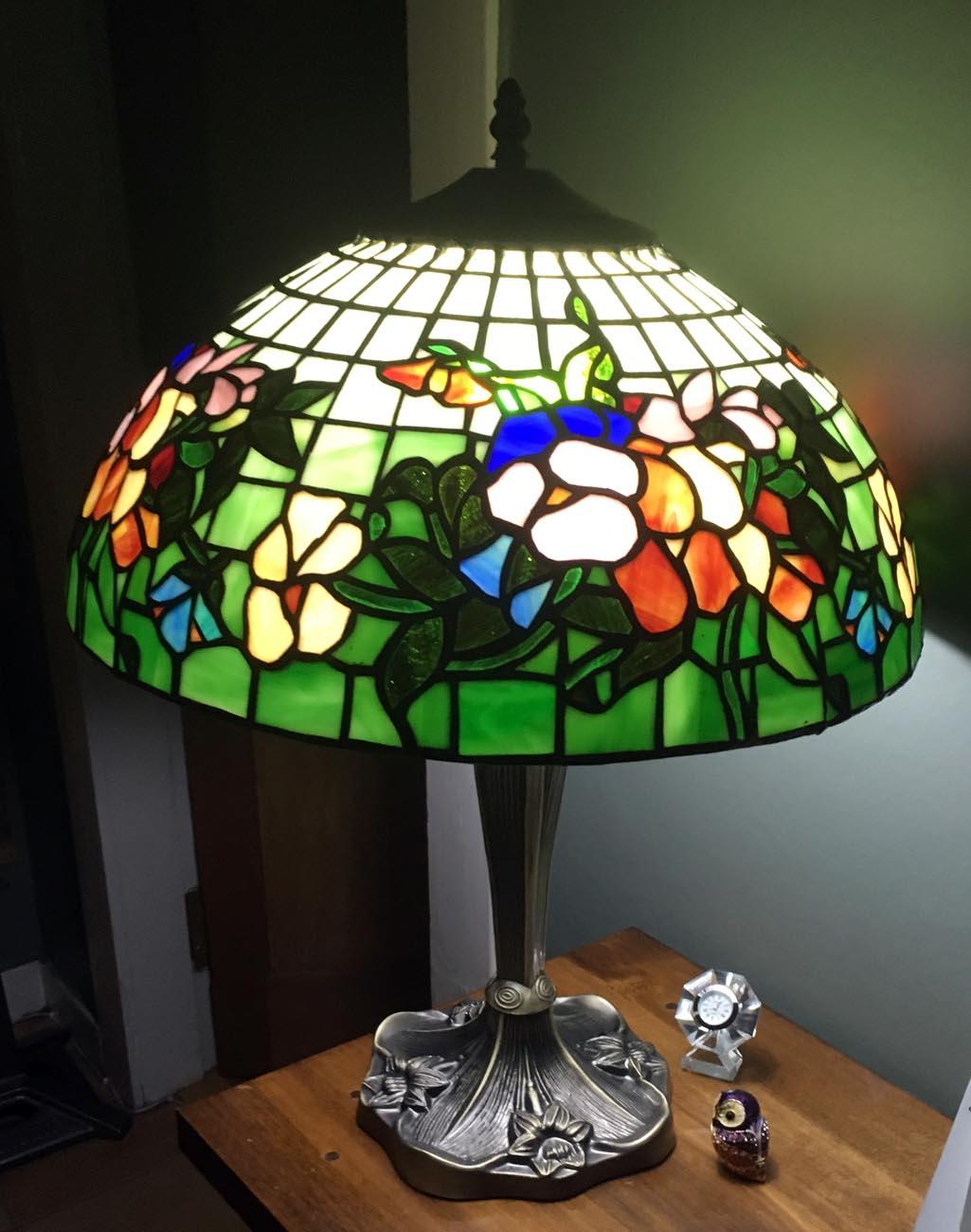PansyTiffanylamp